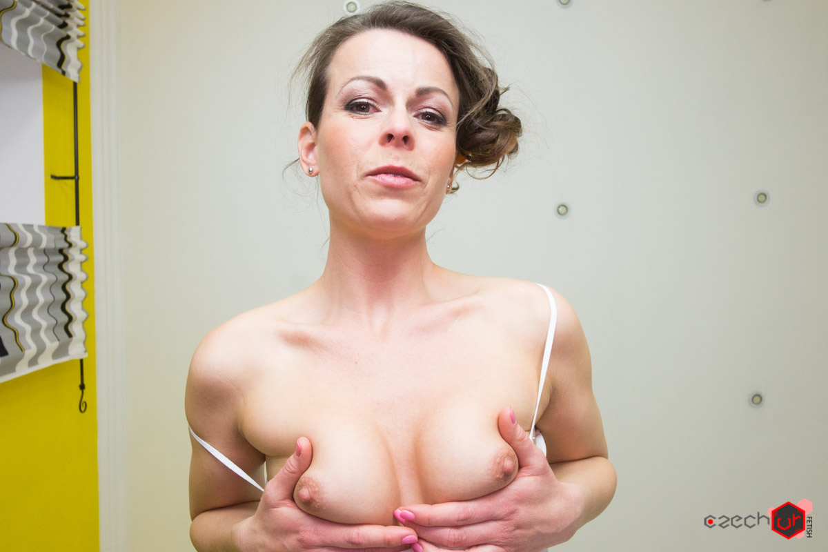 Czech milf caroline ardolino in fuck me please at saboom 8